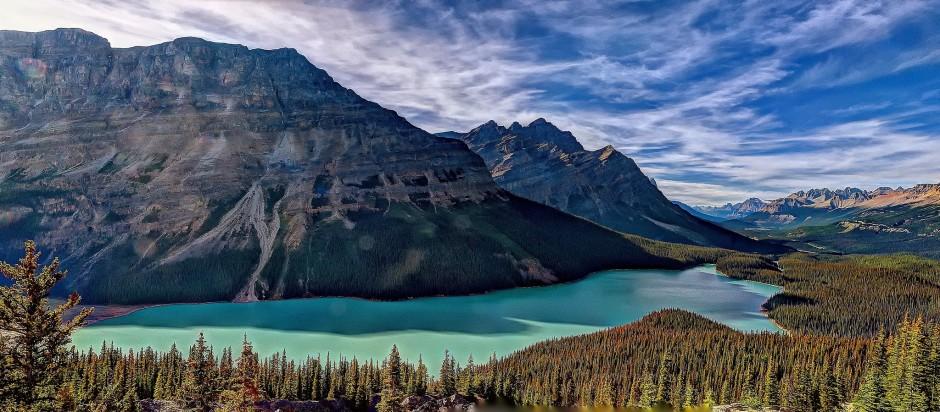 Peyto-Lake-Alberta-Canada-940x412