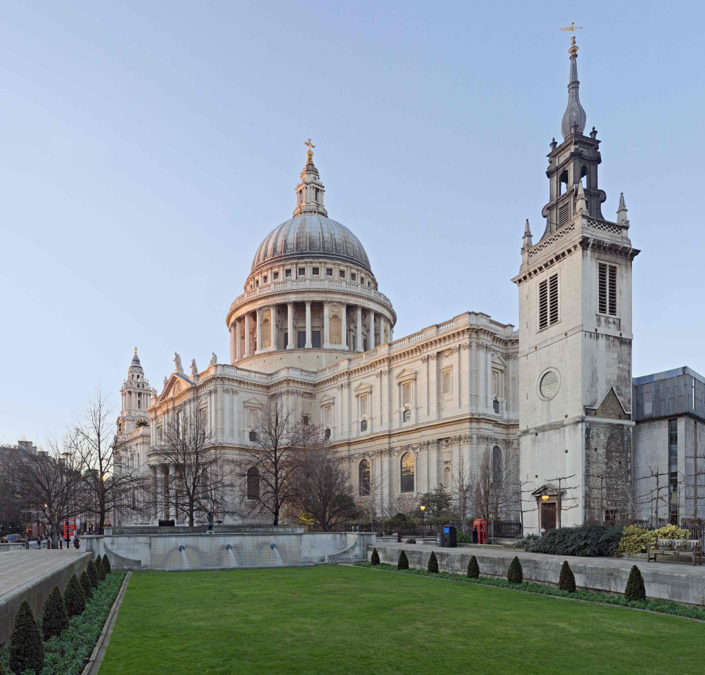 St_Paul's_Cathedral,_London,_England_-_Jan_2010